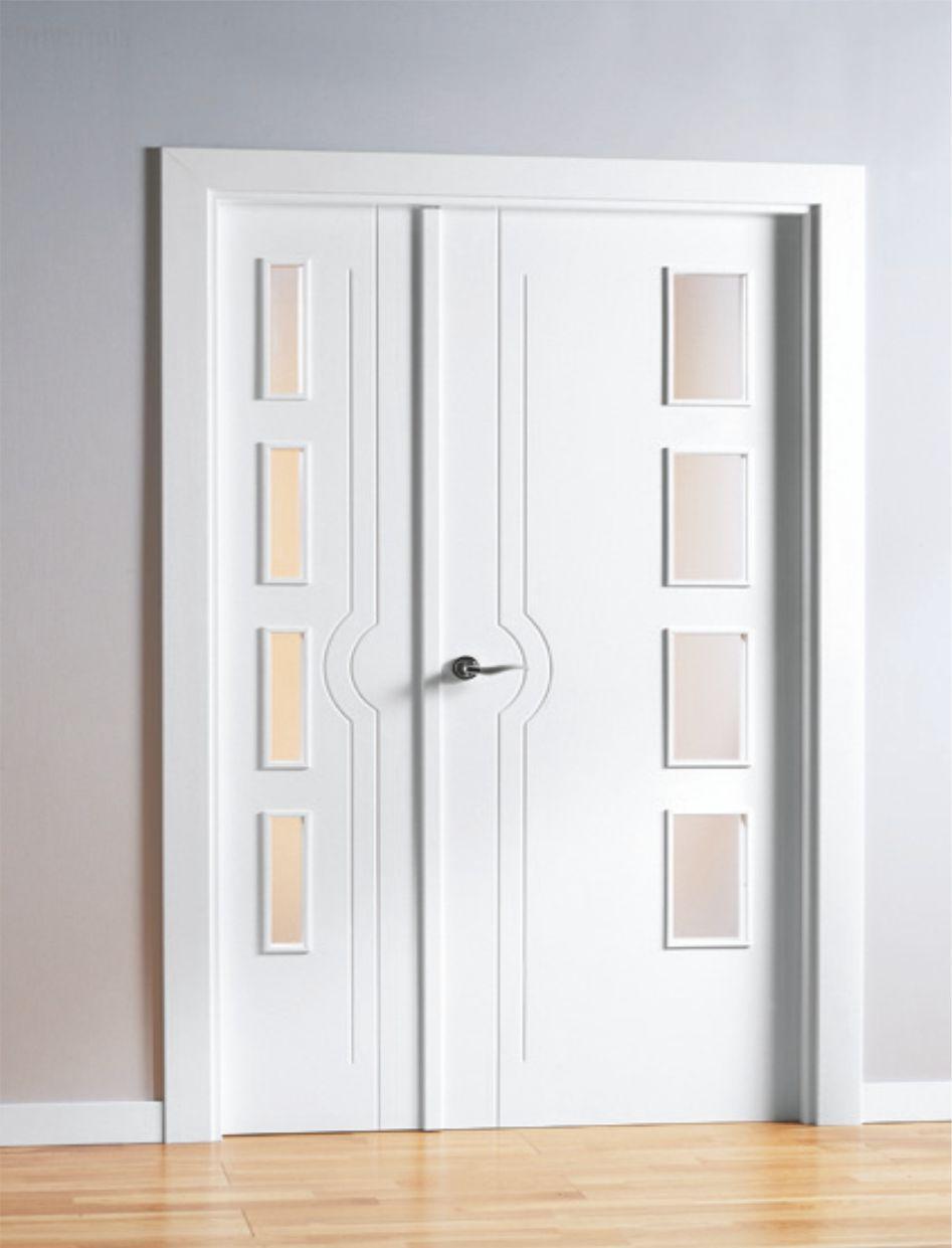 Puerta interior lacada mml1 for Puertas minimalistas exterior