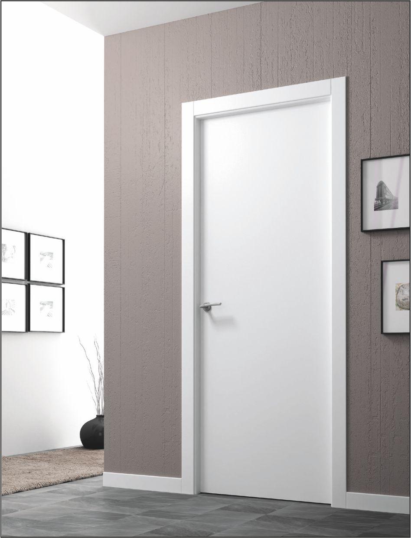 Puerta interior blanco ral 9003 for Pintura para marcos de puertas